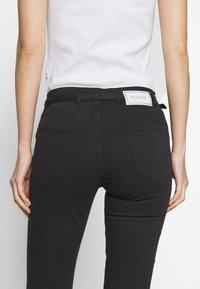 Pinko - SABRINA  - Jeans Skinny Fit - nero limousine - 4