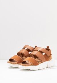 Shoe The Bear - MALA SPORT  - Platform sandals - tan - 4