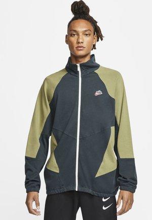JACKA  - Training jacket - seaweed/thermal green