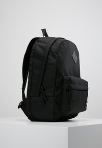 Vans - OLD SKOOL PLUS BACKPACK - Reppu - black - 3