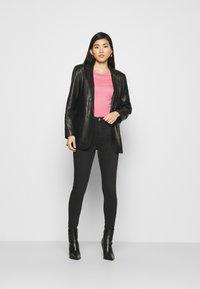 Marks & Spencer London - HIGH NECK TOP - Basic T-shirt - light pink - 1