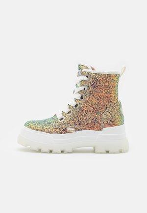VEGAN ASPHA LACE UP - Kotníkové boty na platformě - multicolor