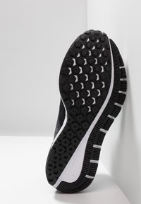 Nike Performance - AIR ZOOM STRUCTURE  - Stabilty running shoes - black/white/gridiron - 4