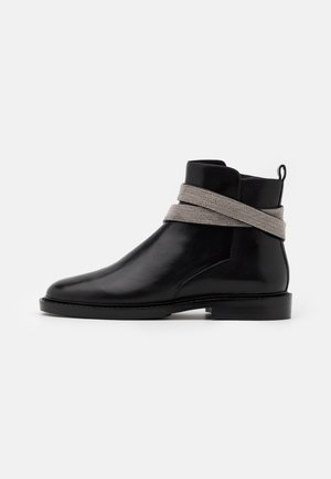 CHAIN AVE - Ankle boots - black