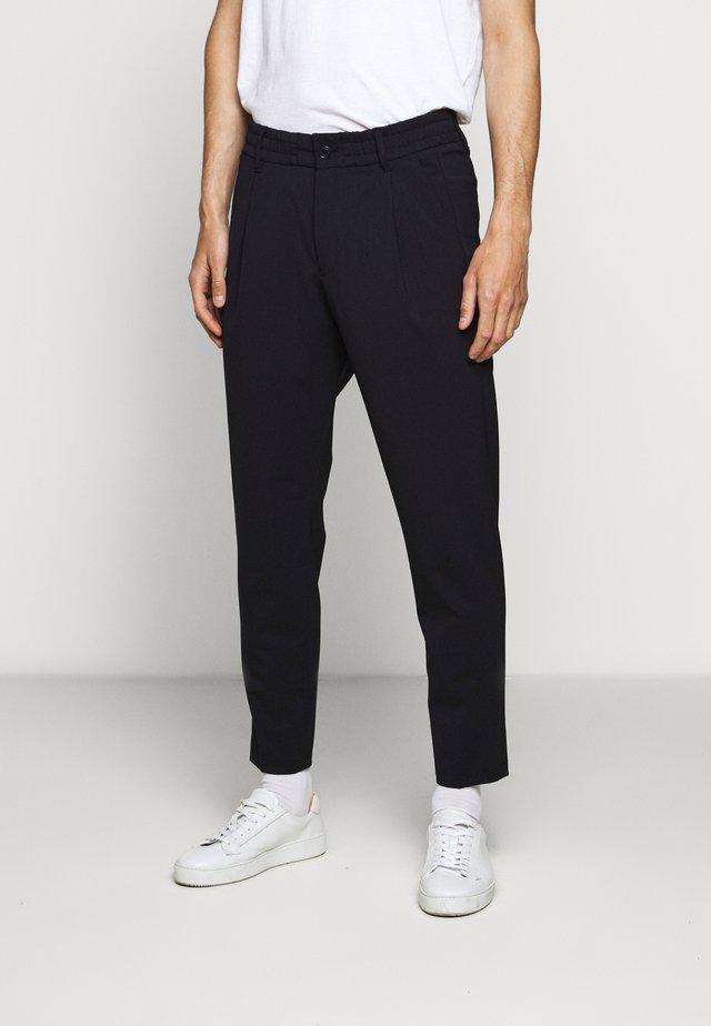 CHASY - Pantalon classique - navy