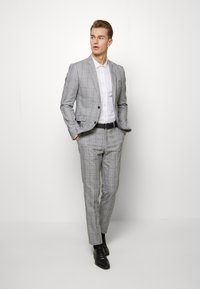 Lindbergh - CHECKED SUIT - Oblek - grey check - 0