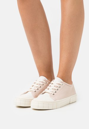 VEGAN PEGGY LACE UP - Trainers - baby pink/ecru/multicolor