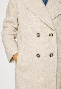 Marc O'Polo - COAT CURLY LOOSE FIT WIDE REVERS - Cappotto classico - alpaca melange - 5