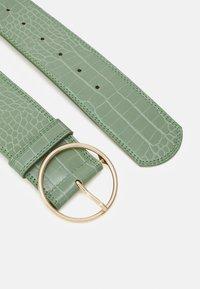 Gina Tricot - DANNI BELT - Waist belt - green - 1