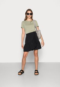 Lindex - SKIRT HILDA - Mini skirt - black - 1