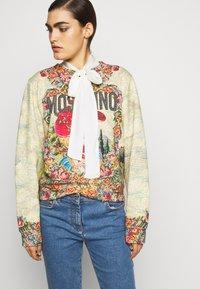 MOSCHINO - Sweatshirt - multicoloured - 4