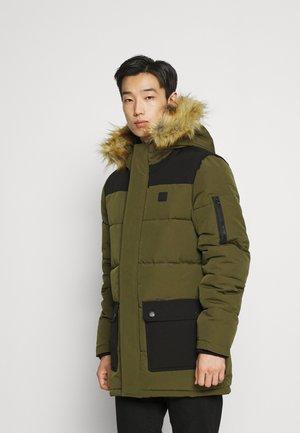 MANY - Winter coat - army