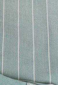 1904 - MOORE PIN STRIPE TROUSER SKINNY - Pantaloni - green - 2
