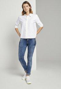 TOM TAILOR DENIM - JONA - Jeans Skinny Fit - used mid stone blue denim - 1