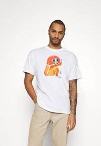 Nike SB - SKATE UNISEX - Print T-shirt - white - 0