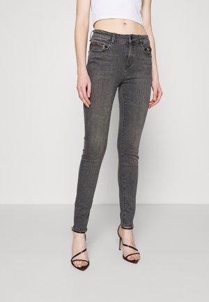 ALEXA ANKLE ZIP  - Jeans Skinny Fit - grey