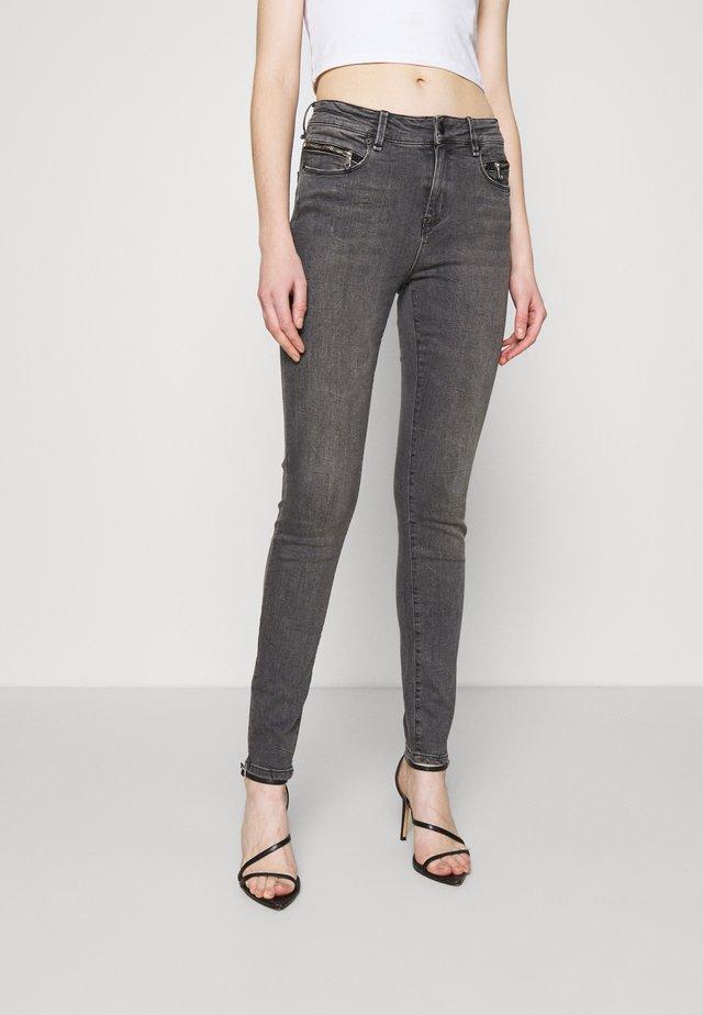 ALEXA ANKLE ZIP  - Jeans Skinny - grey