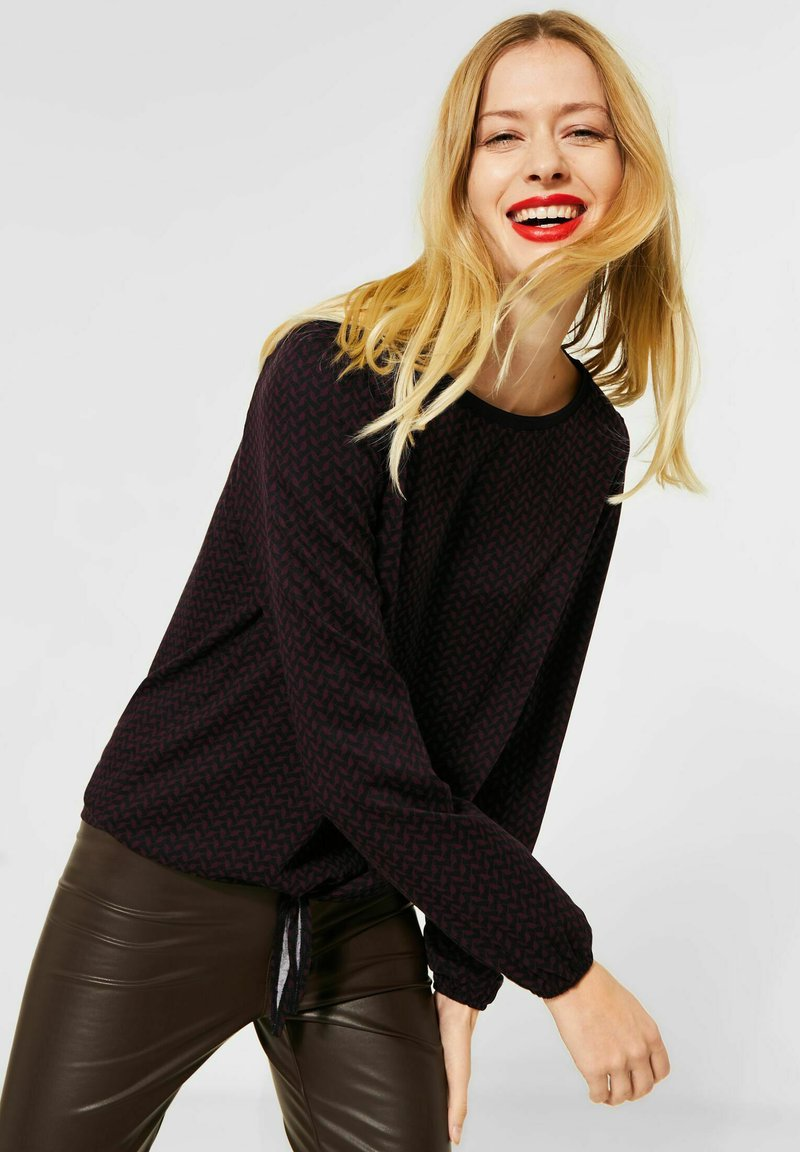Street One - Long sleeved top - rot