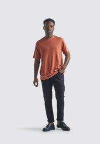 Icebreaker - T-shirt print - essence - 1