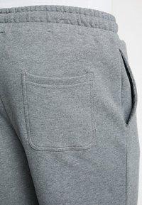 Lyle & Scott - Shorts - mid grey marl - 5