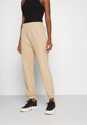ONLCLARA LIFE POCKET PANTS - Tracksuit bottoms - ginger root