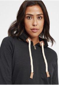 Oxmo - MATILDA - Zip-up hoodie - black - 6