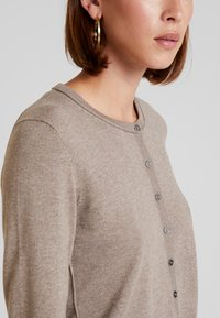 edc by Esprit - BASIC - Cardigan - taupe - 5