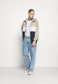 Jack & Jones - JJHUNTER - Light jacket - crockery - 1