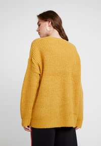 New Look - LEAD INLONG LINE - Pullover - oche - 2