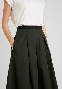 Opus - REJANA - A-snit nederdel/ A-formede nederdele - oliv green - 4