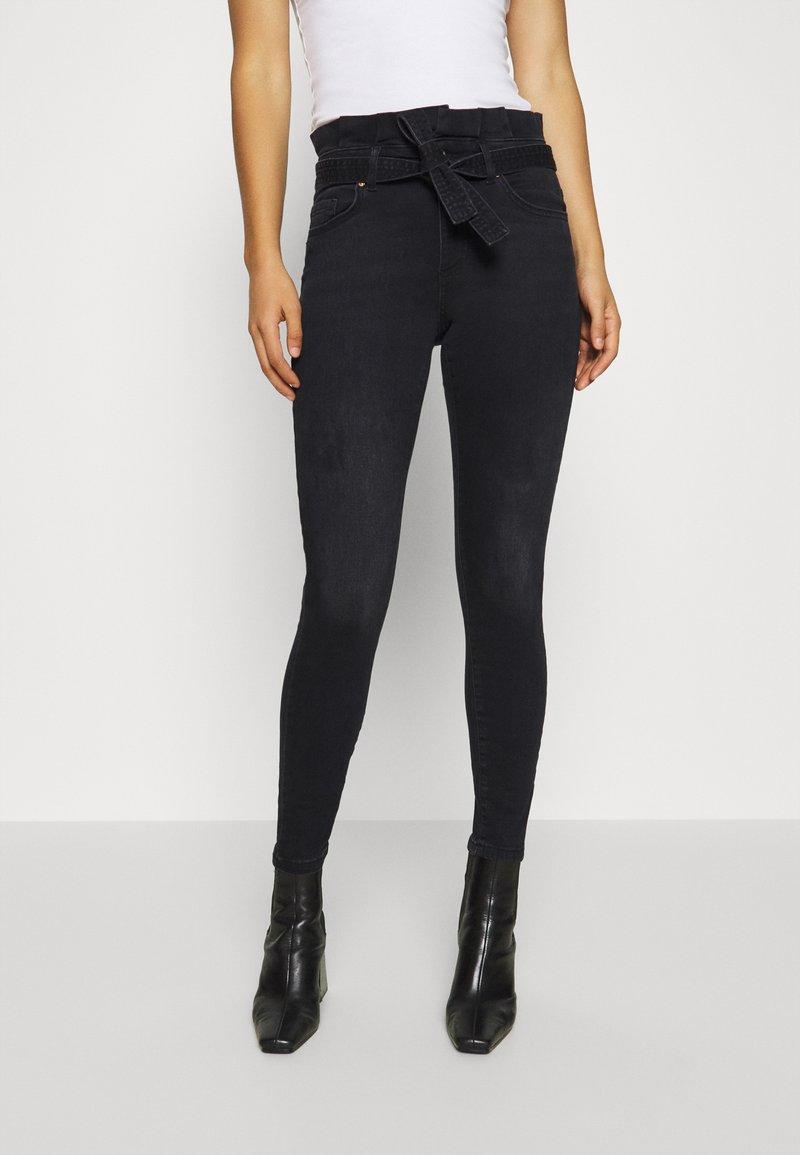 ONLY - ONLHUSH LIFE  - Jeans Skinny Fit - black