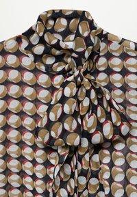 Mango - VITTORIA - Button-down blouse - rot - 6