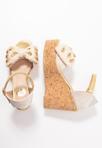 RAS - High heeled sandals - fuffy sand/kiddy gold - 3