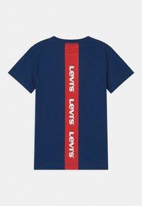 Levi's® - GRAPHIC - T-shirts print - estate blue - 1