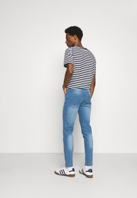 Newport Bay Sailing Club - SLIM LEG - Slim fit jeans - light wash - 2