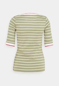 Esprit - TEE - Print T-shirt - light khaki - 1