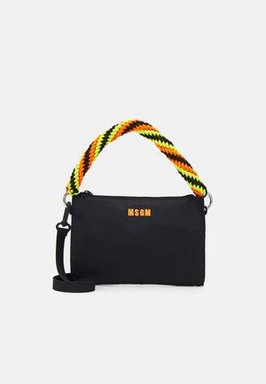 BORSA DONNA WOMAN'S BAG - Handtas - black