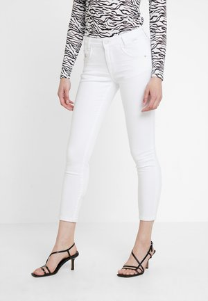 ADRIANA ANKLE - Jeans Skinny Fit - white washed denim