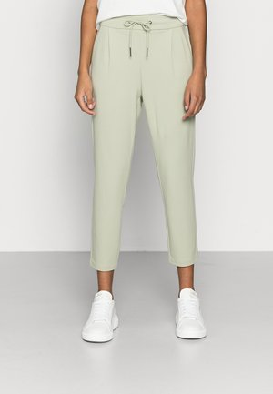 VMEVA LOOSE STRING PANTS - Trousers - desert sage