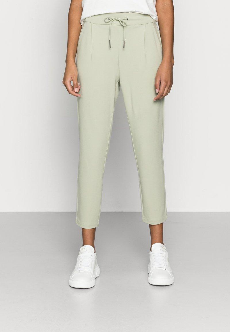Vero Moda Petite - VMEVA LOOSE STRING PANTS - Trousers - desert sage