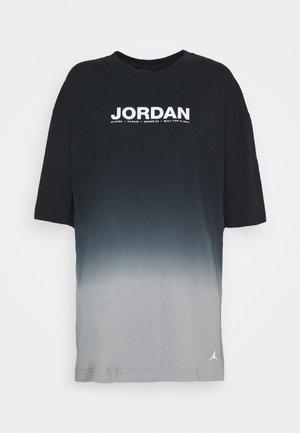 OVERSIZE TEE - Print T-shirt - particle grey/black