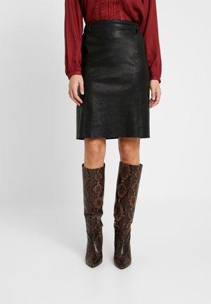 YASZEBA STRETCH SKIRT - Leather skirt - black