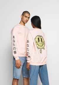 YOURTURN - UNISEX - Sweatshirt - pink - 2
