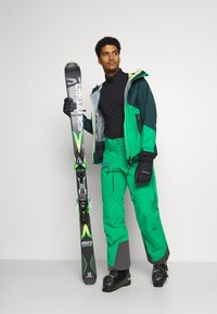 State of Elevenate - MEN'S BACKSIDE PANTS - Snow pants - green - 1