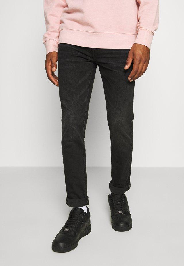 CLEAN - Slim fit jeans - black wash
