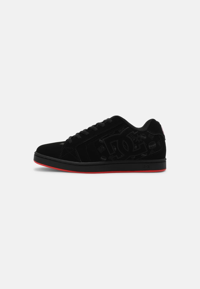 BOBS NET UNISEX - Trainers - black/red