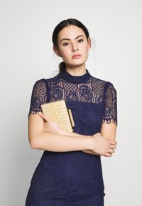 Mossman - MAKING THE CONNECTION DRESS - Cocktail dress / Party dress - navy - 4