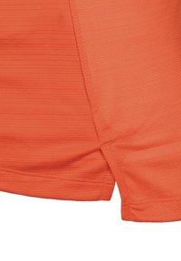 Nike Performance - MILER - Print T-shirt - orange/magma orange - 2