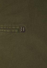 Dondup - PANTALONE GAUBERT - Trousers - oliv - 2