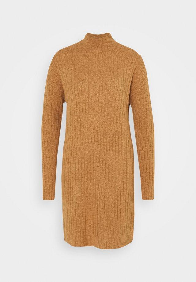 ONLMEKIA DRESS - Vestido de punto - brownie melange